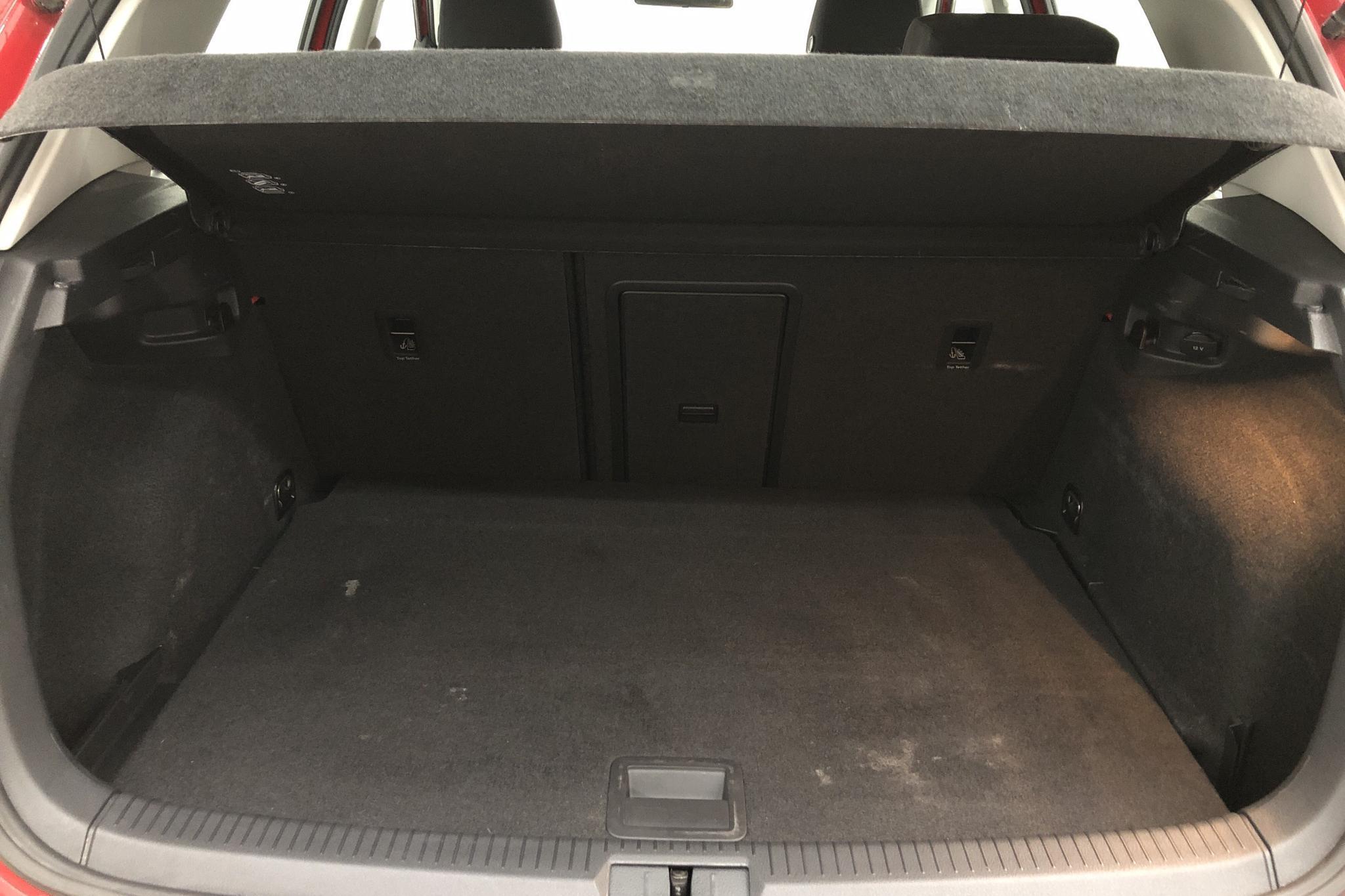 VW Golf VII 1.4 TSI Multifuel 5dr (125hk) - 7 033 mil - Manuell - röd - 2018