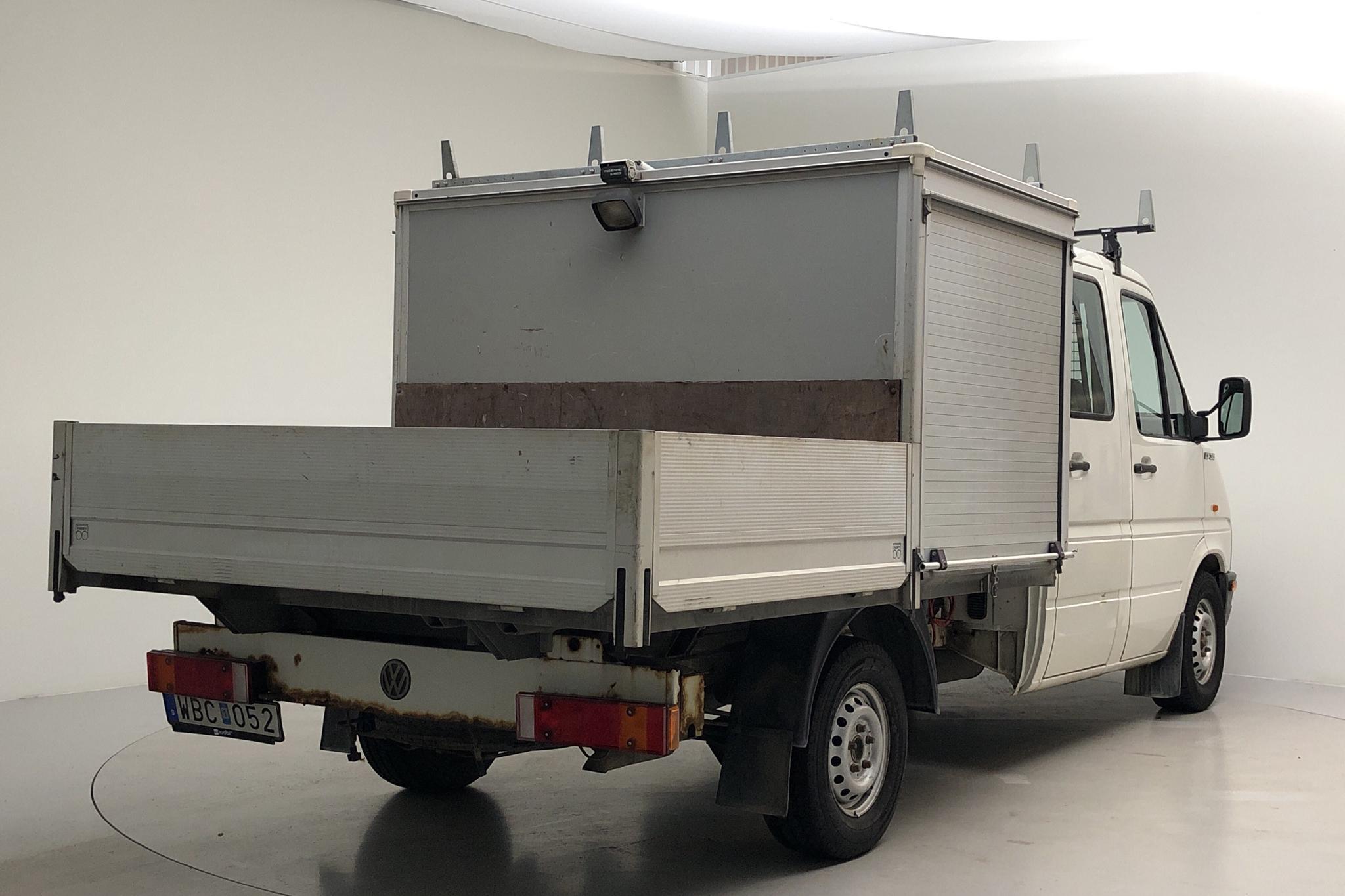 VW LT 35 2.5 TDI Pickup (109hk) - 132 860 km - Manual - 2004
