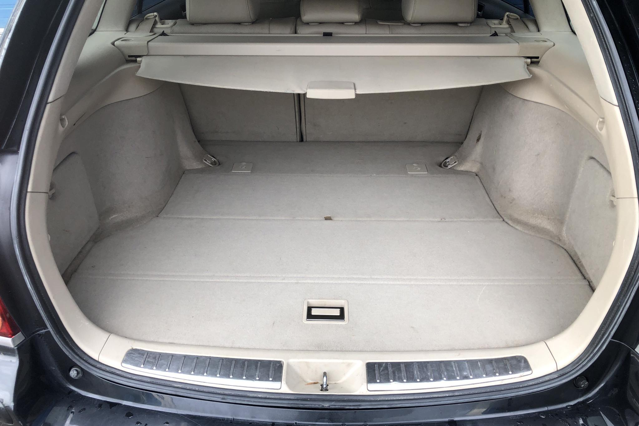 Toyota Avensis 2.4 Kombi (163hk) - 224 740 km - Automatic - black - 2005