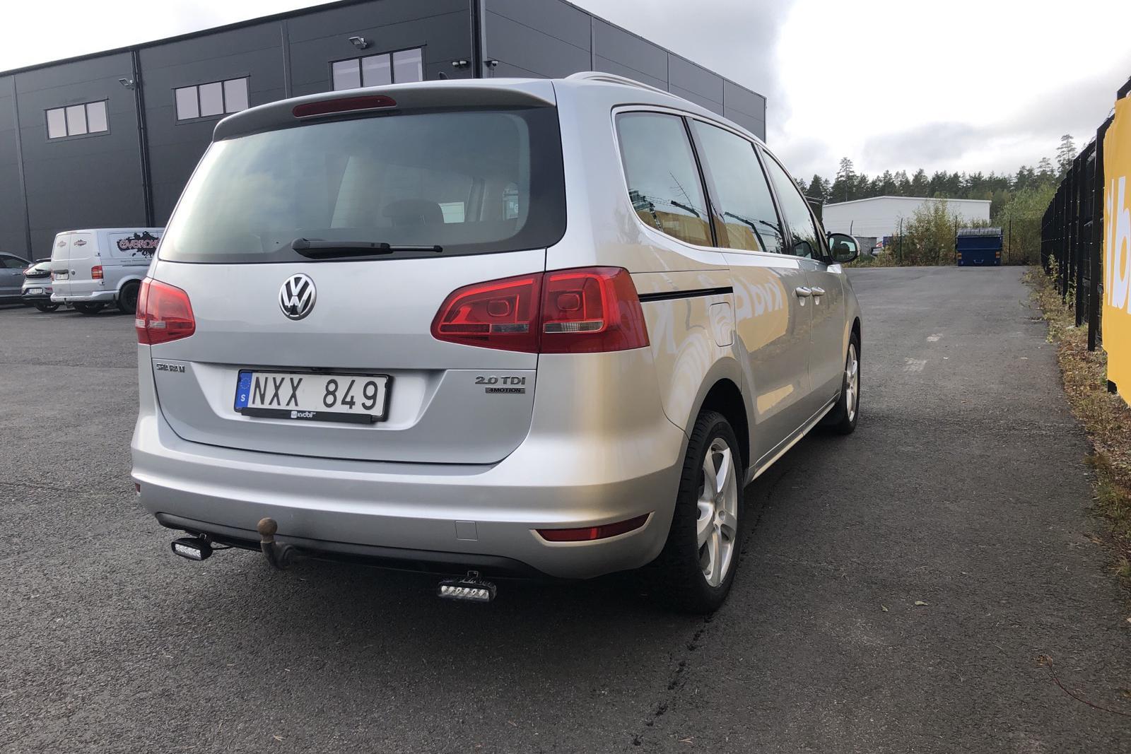 VW Sharan 2.0 TDI BlueMotion Technology 4motion (140hk) - 223 970 km - Manual - silver - 2014