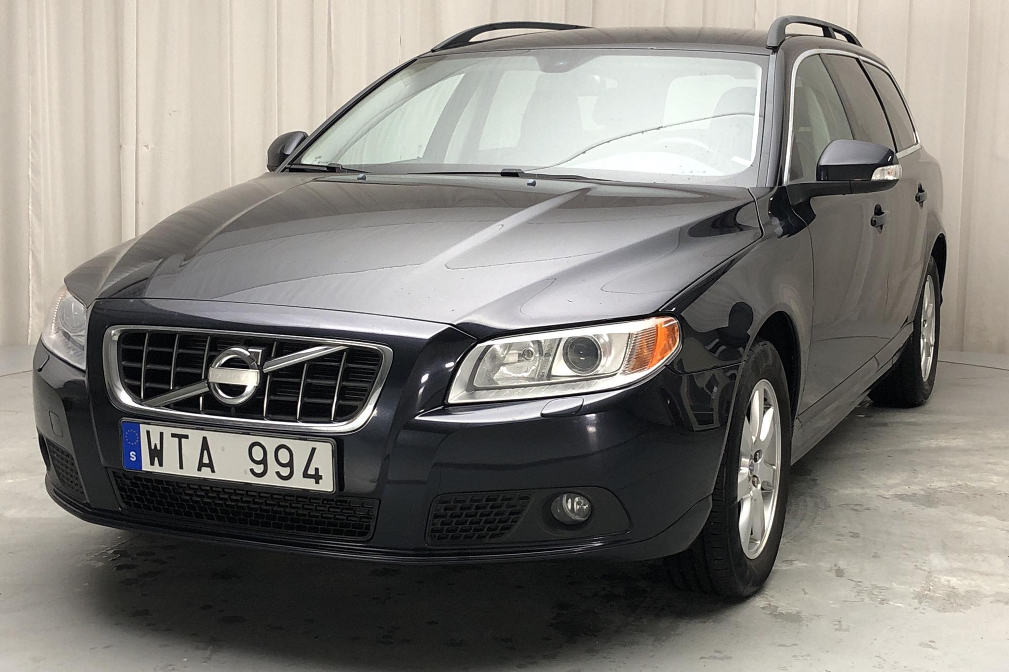 Volvo V70 II D5 (205hk) - 174 490 km - Manual - Dark Blue - 2011