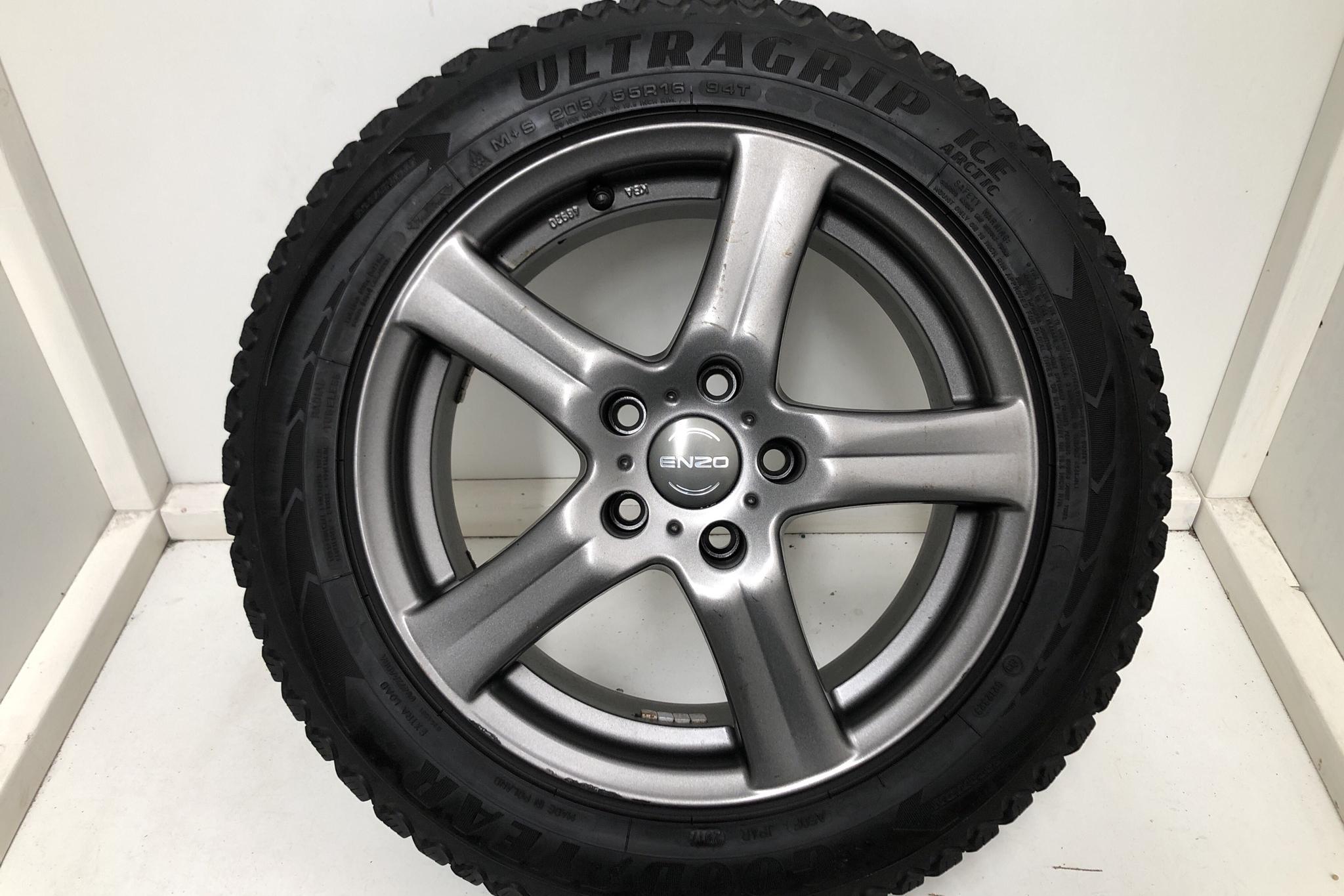 VW Golf VII GTE 5dr (204hk) - 5 221 mil - Automat - svart - 2018