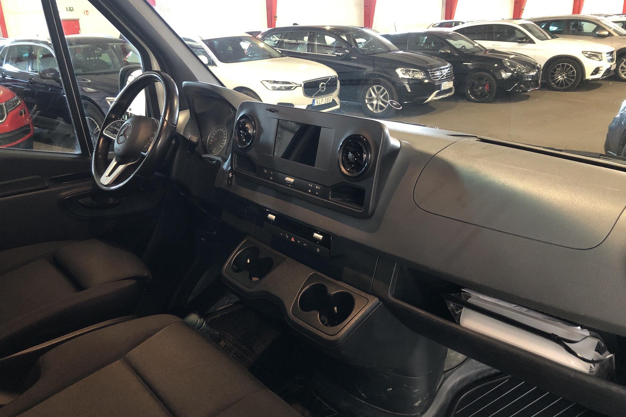 Mercedes Sprinter 319 CDI Chassi RWD (190hk) - 4 304 mil - Automat - vit - 2020
