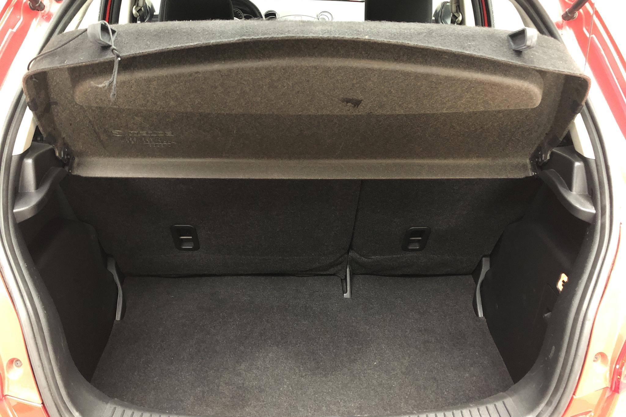 Mazda 2 1.3 5dr (84hk) - 9 919 mil - Manuell - röd - 2012