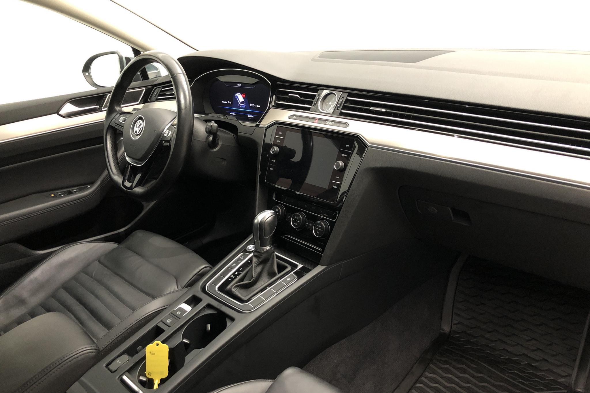 VW Passat Alltrack 2.0 TDI Sportscombi 4MOTION (190hk) - 6 428 mil - Automat - Dark Grey - 2018