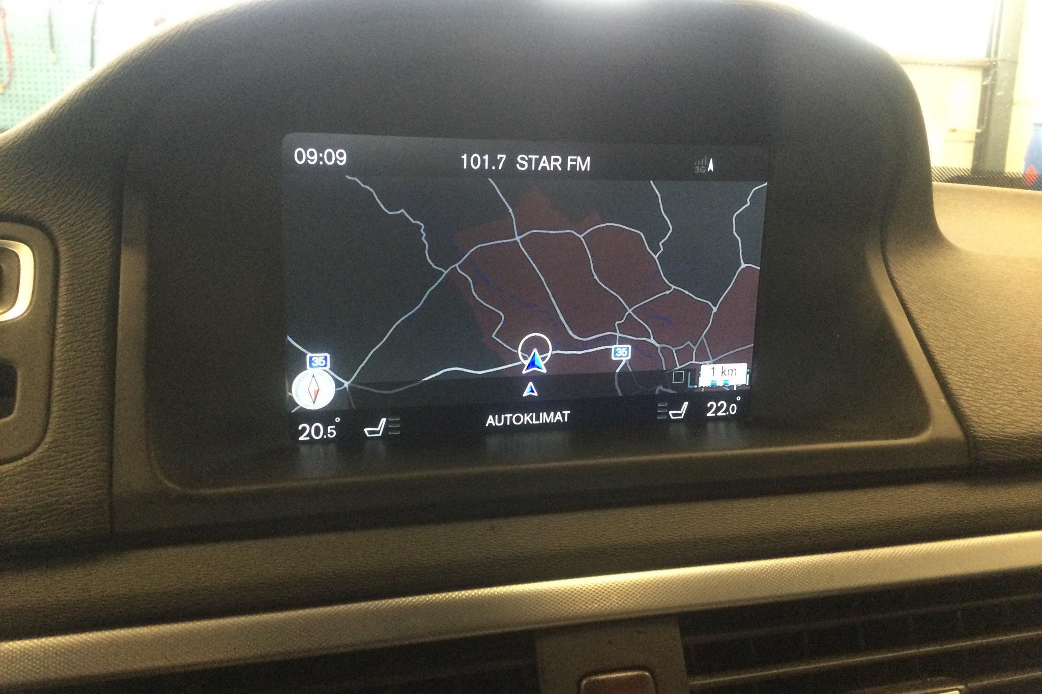 Volvo V70 II D4 (181hk) - 23 384 mil - Automat - svart - 2016
