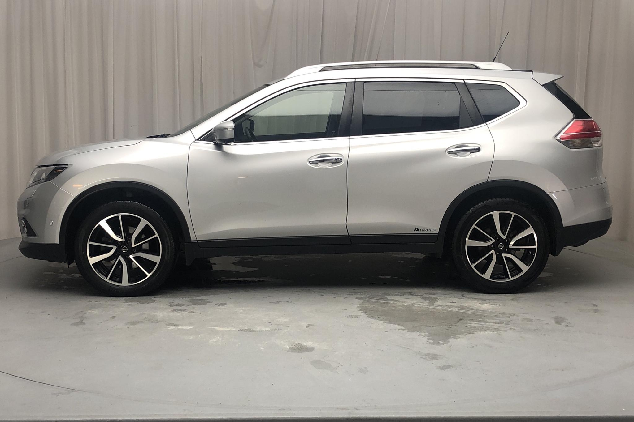 Nissan X-trail 1.6 dCi 2WD (130hk) - 13 547 mil - Automat - silver - 2017