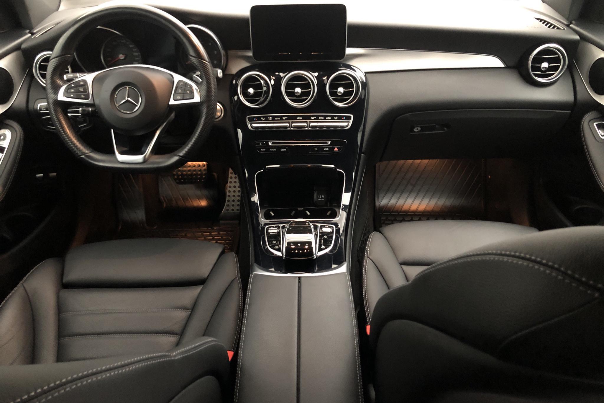 Mercedes GLC 220 d 4MATIC X253 (170hk) - 2 897 mil - Automat - grå - 2017