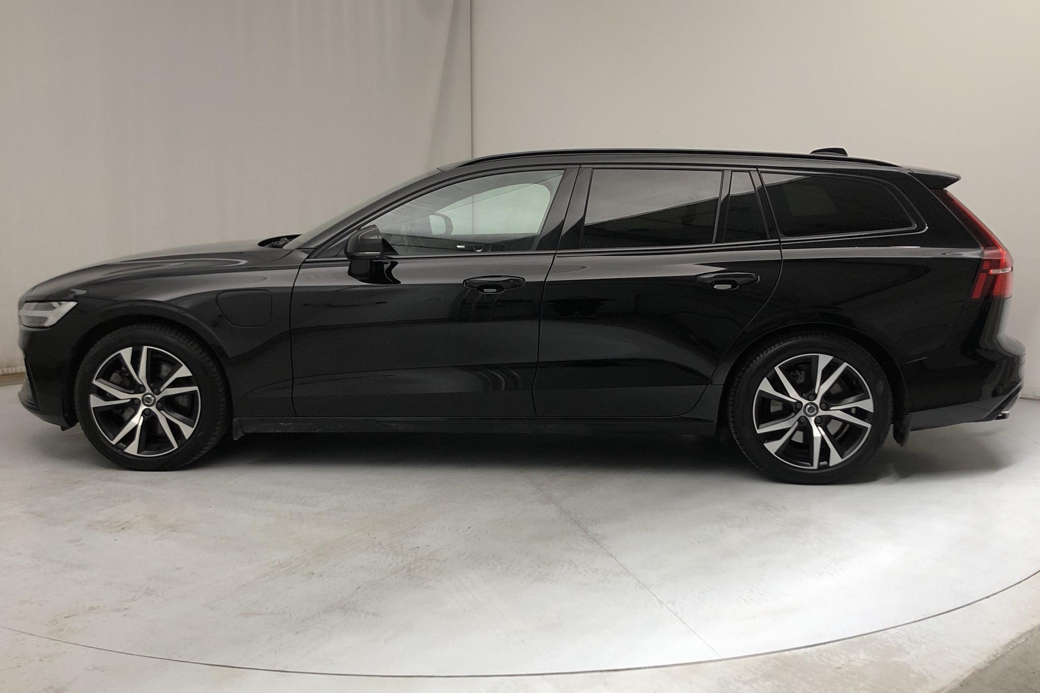 Volvo V60 T8 AWD Twin Engine (390hk) - 5 936 mil - Automat - svart - 2019