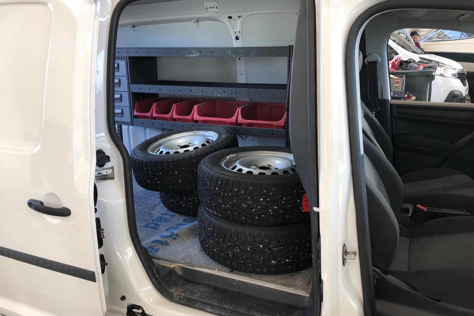 VW Caddy 2.0 TDI Maxi Skåp (102hk) - 37 770 km - Manual - white - 2016