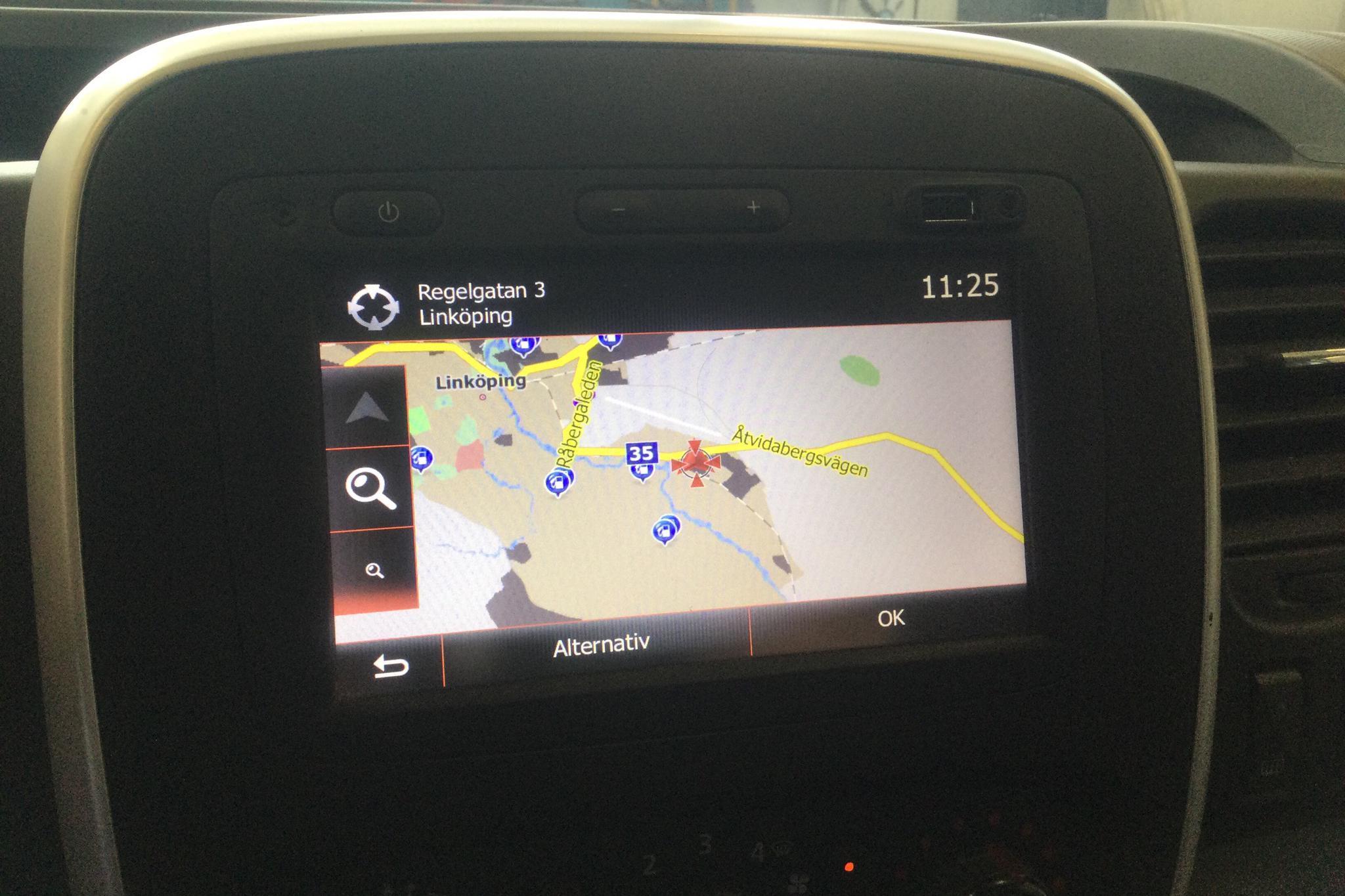 Renault Trafic 1.6 dCi Skåp (120hk) - 3 284 mil - Manuell - vit - 2016