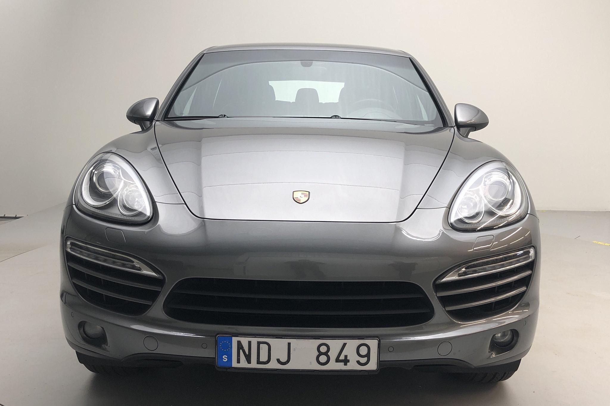 Porsche Cayenne Diesel 3.0 (245hk) - 15 176 mil - Automat - Dark Grey - 2013
