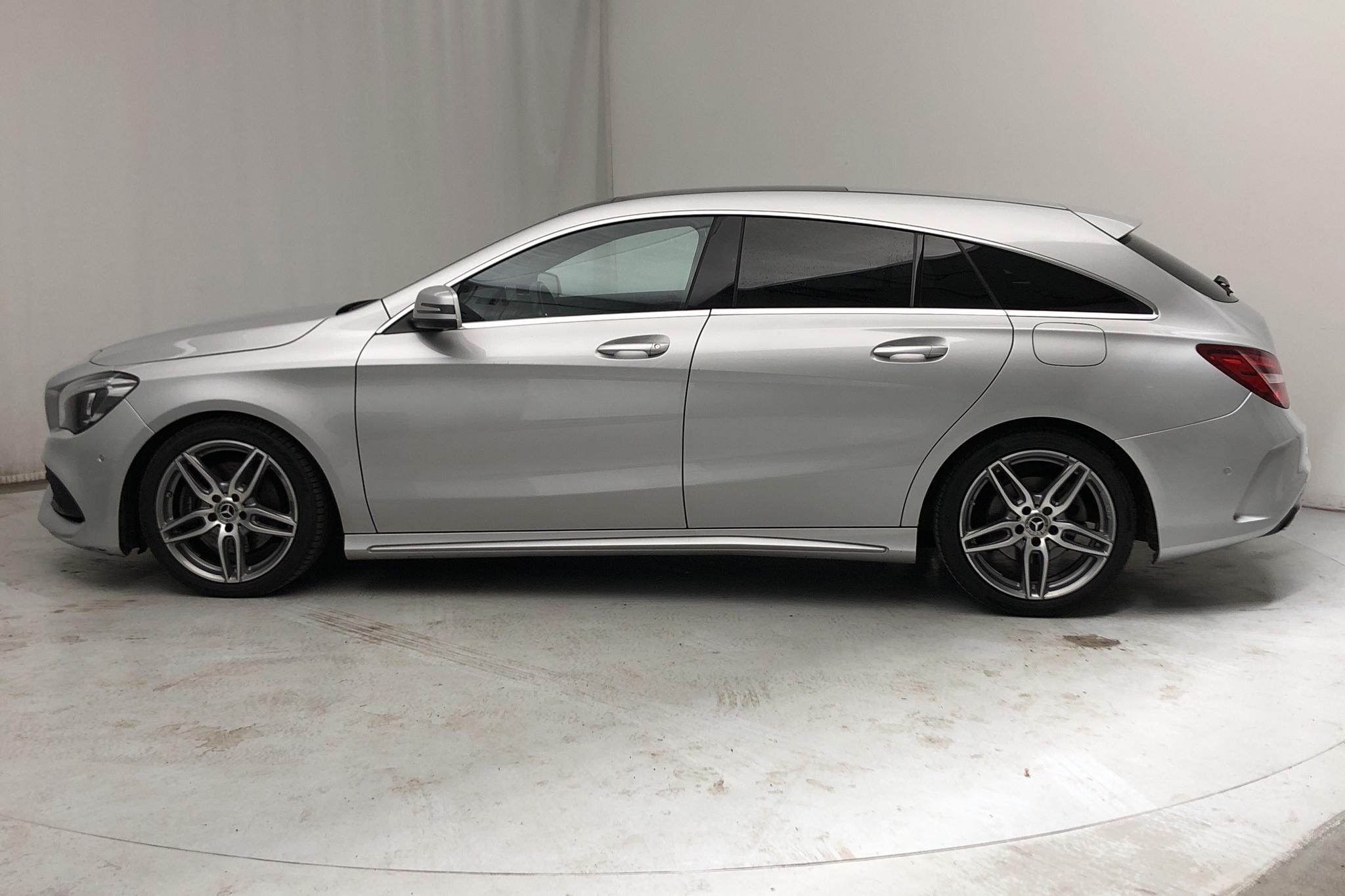 Mercedes CLA 220 d Shooting Brake X117 (177hk) - 75 230 km - Automatic - silver - 2018
