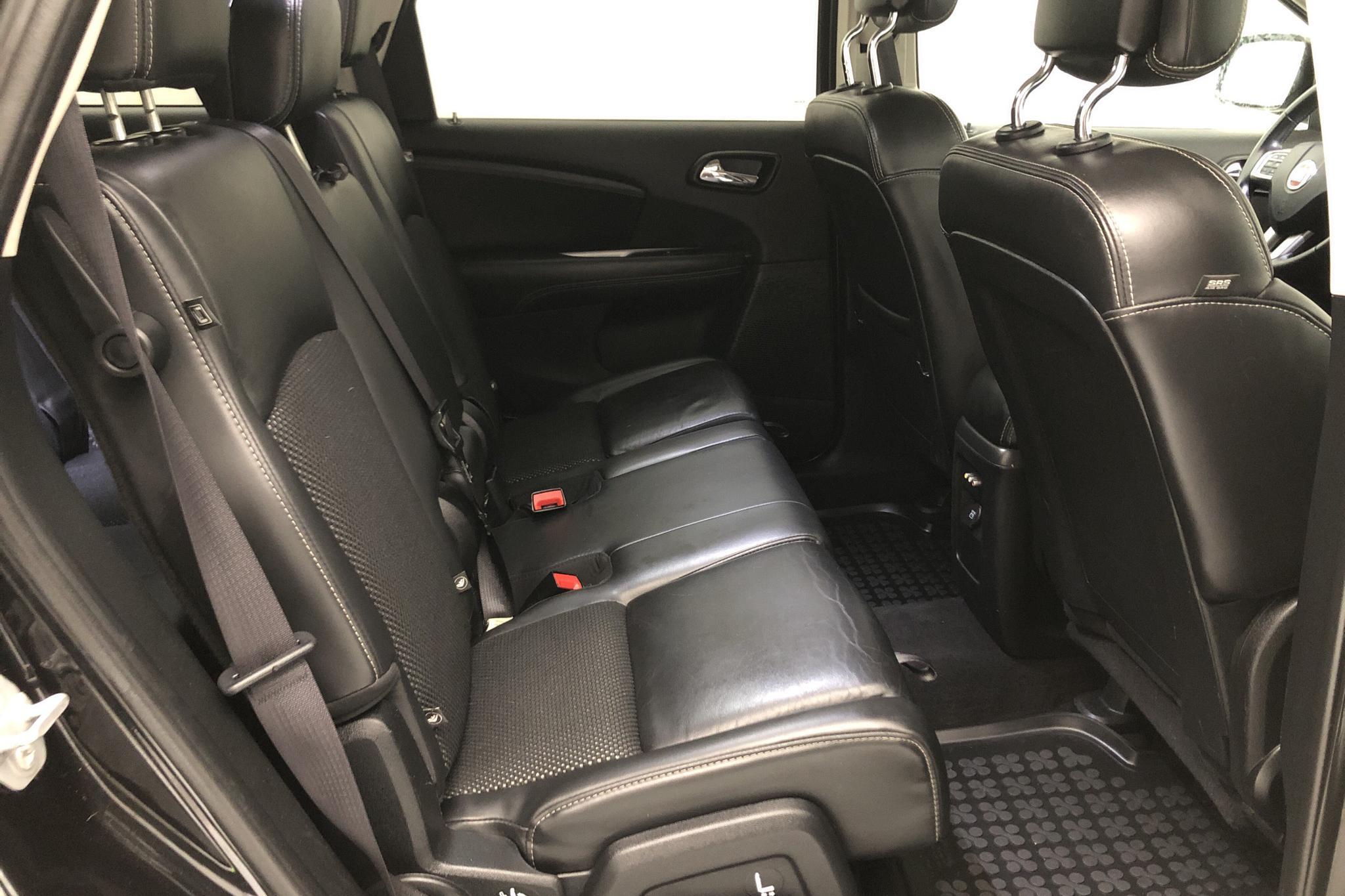 Fiat Freemont 2.0 Multijet AWD (170hk) - 144 440 km - Automatic - black - 2015