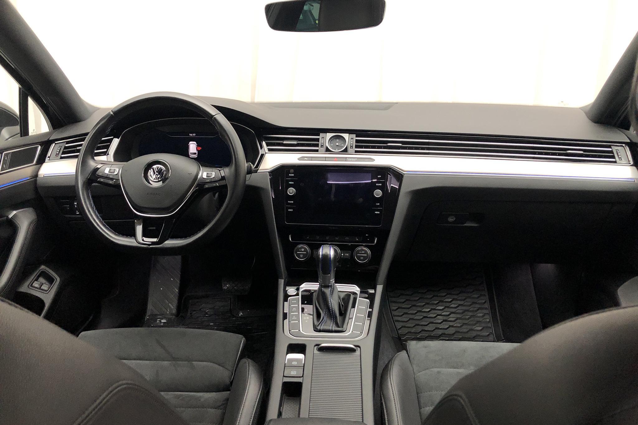 VW Passat 1.4 Plug-in-Hybrid Sportscombi (218hk) - 68 260 km - Automatic - Dark Grey - 2019